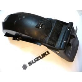 Guardabarros trasero USADO Suzuki GS500E (1989).