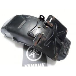 "Guardabarros trasero exterior USADO Yamaha XJ 750 ""Seca""."