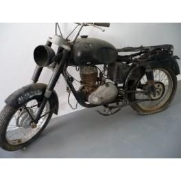 Sadrian 125cc motor Villiers.