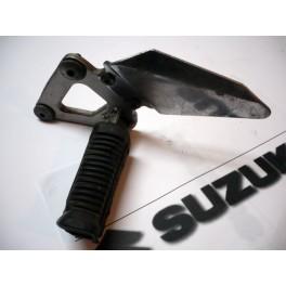 Soporte estribo izquierdo USADO Suzuki GS500E (1989).