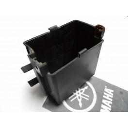 Caja bateria USADA Yamaha Virago 535.