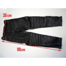 Pantalon Kayatsu piel color negro, talla equivalente 36-38.