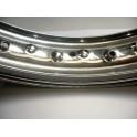 """Llanta aluminio nervio Akront-Morad NUEVA WM3 2.15 18"""" 40t."""