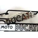 Insignia metalica NUEVA antiguos modelos DUCATI.